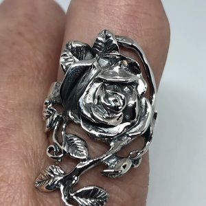 Vintage 925 Sterling silver gothic rose ring
